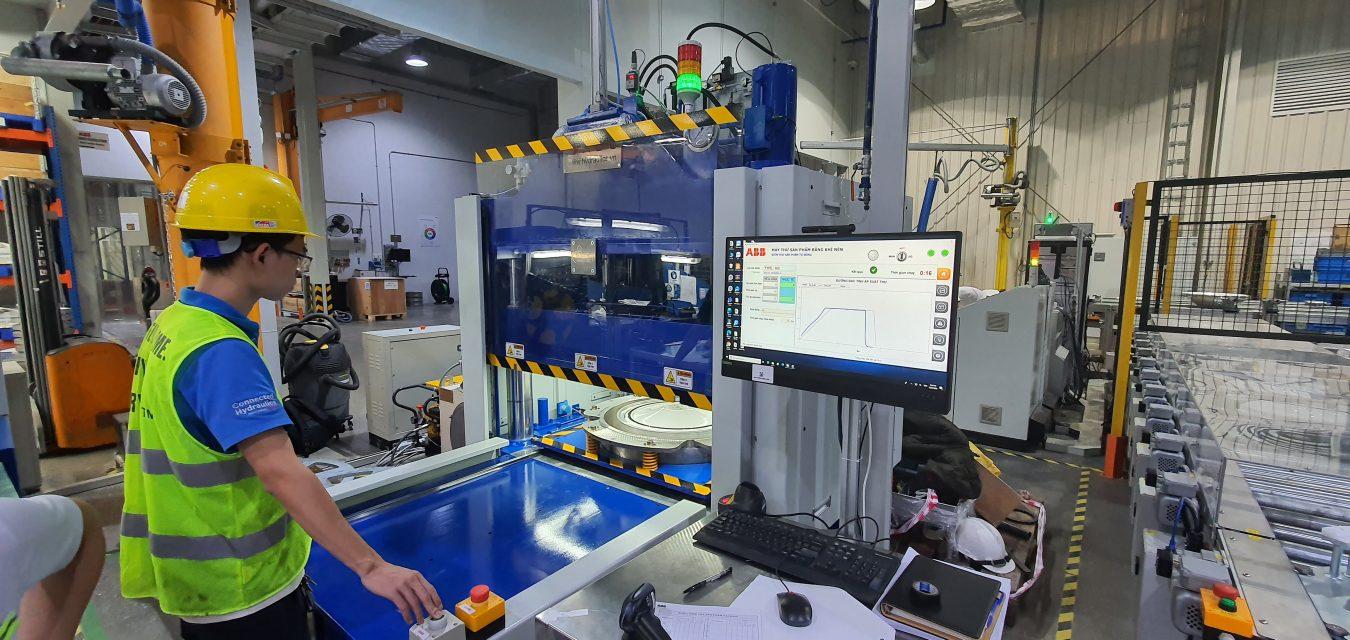 Bàn giao Máy kiểm tra chất lượng sản phẩm trong nhà máy sản xuất